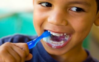 featured image for dental health tips for parents